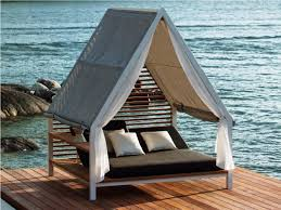 diy outdoor daybed 25 diy outdoor bed ideas summer decorating with