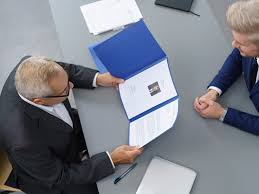 Resume Job History How Far Back by Here Are The Differences Between A Cv And A Resume Business Insider