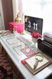 Decorating Desk Ideas Ideas To Decorate Your Office Desk