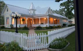 victorian mansion lodging in fredericksburg tx