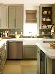 kitchen colors ideas pictures kitchen color ideas for small kitchens pizzle me
