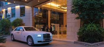 roll royce delhi goldfinch hotel finest boutique u0026 business hotel fine dining