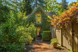 28m medina estate is tied for most expensive in king county