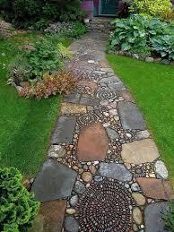 25 beautiful ideas for garden paths