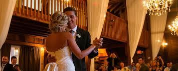 Barn Wedding Venues Ct Wedding Venue Barn Wedding Wedding Ceremony Middletown
