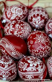 Decorating Easter Eggs Tradition by Dea8672b4bc8a9737de77f944c1c39fd Jpg 1308 2048 Psyanky
