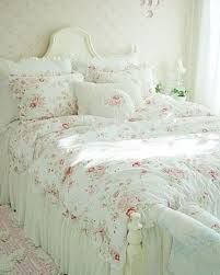 Shabby Chic Floral Bedding by 36 Adorable Bedding Ideas For Feminine Bedrooms Digsdigs