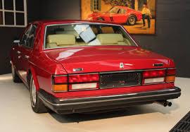 red bentley mulsanne 1985