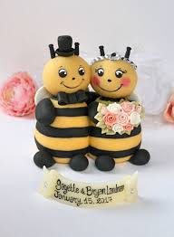 bumble bee cake topper wedding bee cake topper bumble bee cake topper hugging