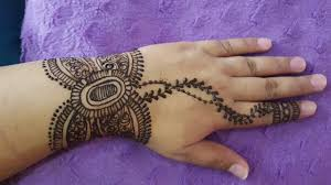 butterfly style mehndi design for eid 07 2017