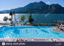 italy como lake a bellagio u0027s hotel swimming pool stock photo