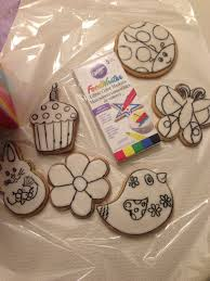 black edible marker cookies you can color comes with a dozen cookies and a pack of