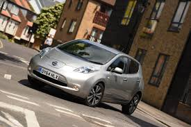 nissan leaf acenta review nissan leaf review 2017 autocar
