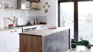 peinturer comptoir de cuisine deco cuisine peinture appartement idée de modèle de cuisine