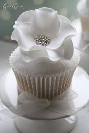 mini wedding cakes cake wedding cupcakes and mini wedding cakes 2499505 weddbook