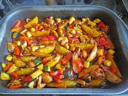 mediterrane küche rezepte mediterrane kartoffel gemüsepfanne rezept mit bild chefkoch de