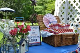 memorial day outdoor party decor living rooms house beautiful