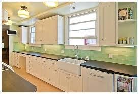 green glass tiles for kitchen backsplashes green glass subway tile sea green glass tile green glass tile
