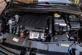 peugeot 2008 driven 2016 peugeot 2008 1 2 puretech autoevolution