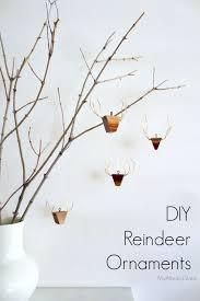diy wooden reindeer ornaments crafts