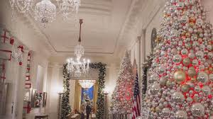 obama debuts 2016 white house decorations cbs news