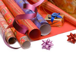 recycled wrapping paper ultimate guide to recycled wrapping paper crafts howstuffworks