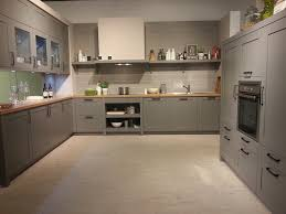 küche landhausstil modern küche landhausstil grau rheumri