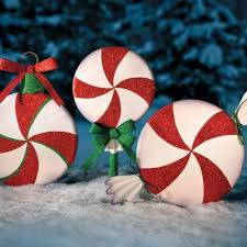 outdoor peppermint swirl decorations cant wait til they