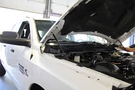 lexus repair calgary request a quote replacement or repair cost at windshield surgeons