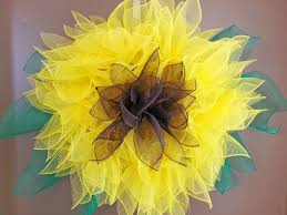 sunflower mesh wreath new orleans crafts by design how to make a deco mesh sunburst wreath