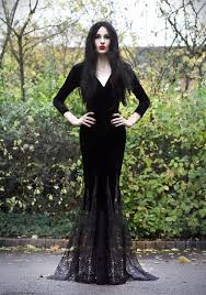 Gomez Halloween Costume 25 Morticia Addams Costume Ideas