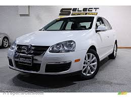 jetta volkswagen 2010 2010 volkswagen jetta se sedan in white gold metallic 038460