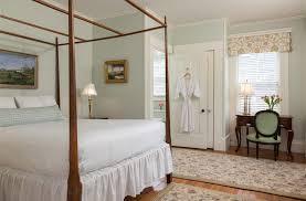 Nantucket Beadboard Prices - the brass lantern inn in nantucket massachusetts b u0026b rental