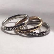 personalized stackable rings teki 25 den fazla en iyi stackable name rings fikri