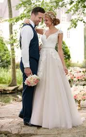 the 25 best cap sleeve wedding ideas on pinterest long wedding