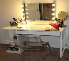 Vanity Set With Lighted Mirror Lighting U0026 Ceiling Fans Bedroom Vanity Sets With Lighted Mirror