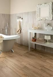 parquet pour salle de bain parquet stratifié pour salle de bain salle de bain idées de