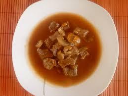 cuisine serbe goulash serbe pour 4 personnes recettes à table