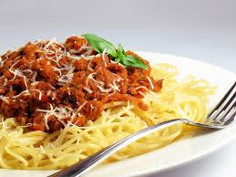 cuisine napolitaine recette des spaghetti à la napolitaine pratique fr