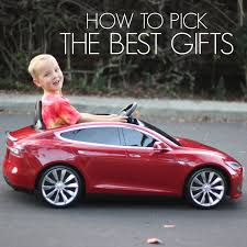 toddler approved how to pick the best gifts for kids
