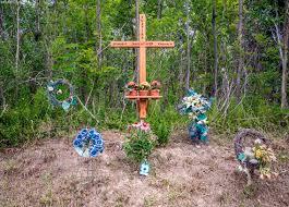 memorial crosses for roadside roadside memorials ontario freaktography