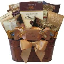 gift baskets canada christmas gift baskets canada shop thesweetbasket today the