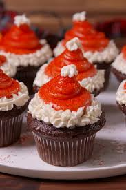 cute easy thanksgiving desserts 30 cute christmas treats easy recipes for holiday treats u2014delish com