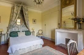 chateau de chambres château du grand jardin chambres d hôtes château provence à