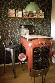 table cuisine retro tracteur detournement table cuisine retro objet recup cuisine ikea