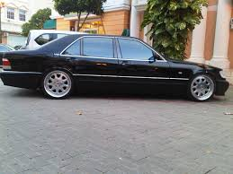 infiniti vs lexus yahoo answers seventh 1997 bmw 7 series specs photos modification info at