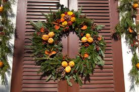 colonial williamsburg holiday wreaths janice hathaway photography