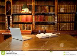 U Schreibtisch Bibliothek Computer Und Schreibtisch Stockbilder Bild 20785064