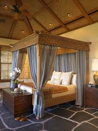 Poster Bed Canopy Give Your Bedroom A Luxurious Edge With A Decorative Canopy Bed