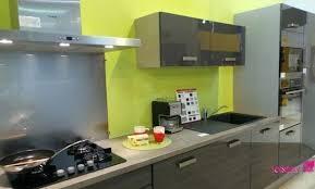 meuble cuisine vert anis meuble cuisine vert pomme cuisine vert pomme 11 lyon 30090134